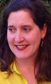 Alexandra van de Kamp Author Photo in Yellow